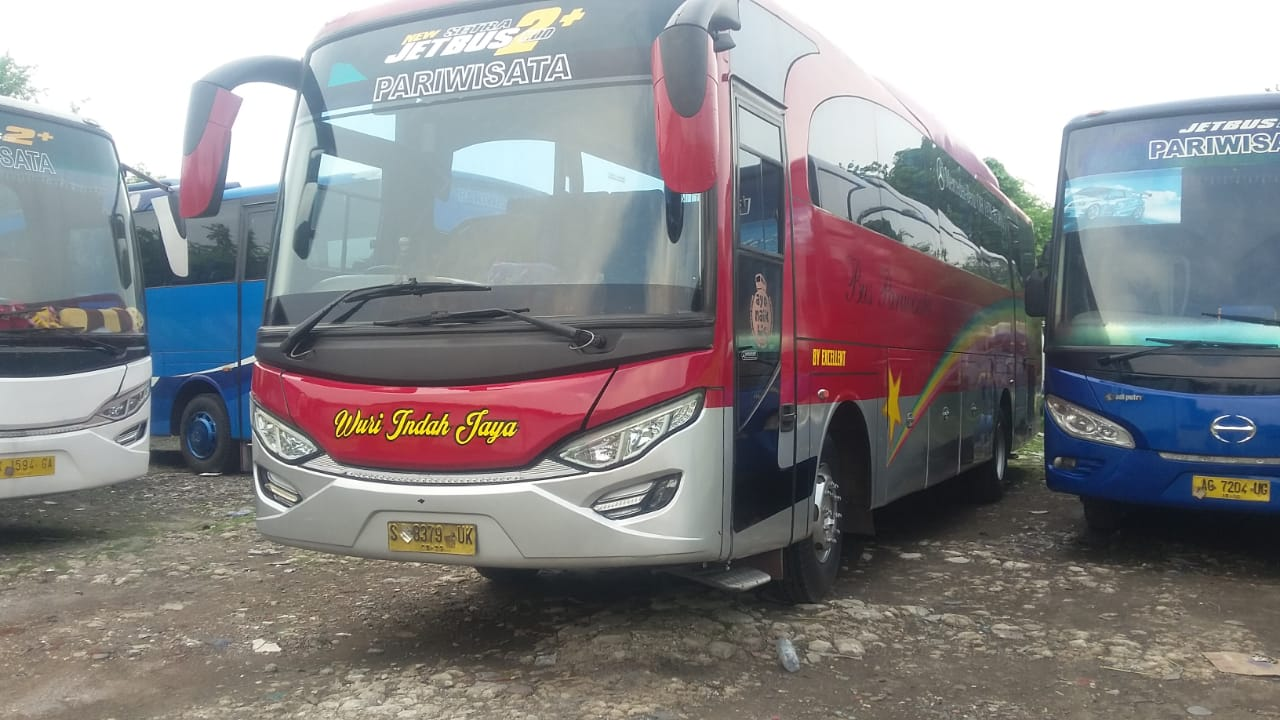 jasa cutting stiker bus